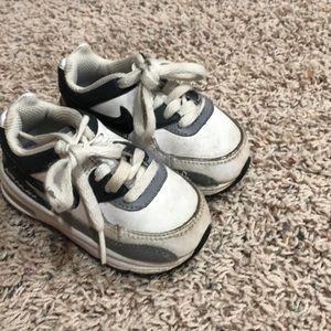 Toddler boy Nike AirMax